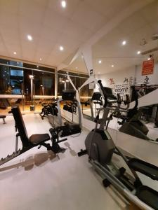 The fitness centre and/or fitness facilities at Departamento 2hab en Piura