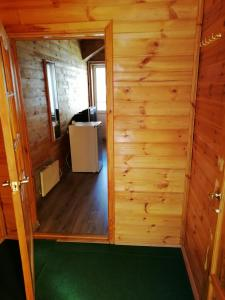 A bathroom at Metelitsa Inn