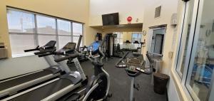 Фитнес-центр и/или тренажеры в Wingate by Wyndham Lethbridge