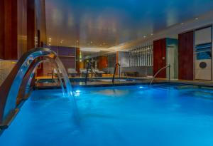The swimming pool at or close to The Westin Lima Hotel & Convention Center