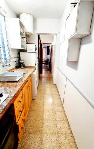Una cocina o zona de cocina en Apartamentos Kitema