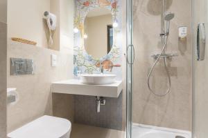 A bathroom at Hotel Ester