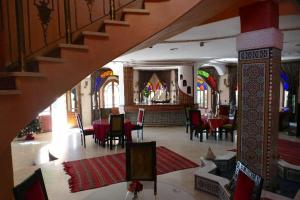 A restaurant or other place to eat at Riad Noumidya