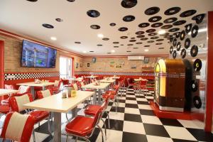 Restaurace v ubytování Jukebox Hotel