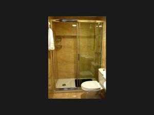 A bathroom at Hotel Lena
