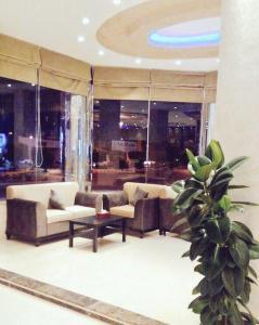 O saguão ou recepção de Al Sharq Hotel