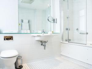A bathroom at The Met Hotel Leeds