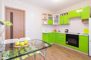 Кухня или мини-кухня в Апартаменты - 7 Небо