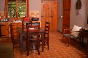 A restaurant or other place to eat at Hotel San Juan Ometepe