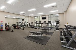 The fitness center and/or fitness facilities at Courtyard by Marriott Oklahoma City Downtown