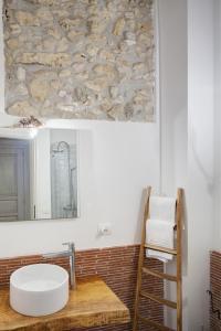 A bathroom at B&B Palazzo Del Sale