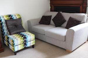 A seating area at Longmead House
