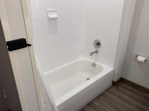 A bathroom at Best Western Plus Ogallala Inn