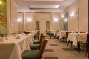 Ein Restaurant oder anderes Speiselokal in der Unterkunft Best Western Hotel Bremen City