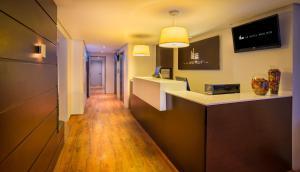 O saguão ou recepção de H3 Hotel Paulista