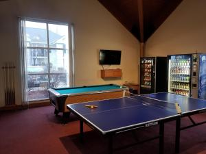 Ping-pong facilities at Palace View Resort by Spinnaker or nearby