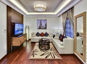 Uma área de estar em Braira Al Azizya Hotel & Resort
