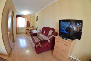 Телевизор и/или развлекательный центр в Алтын Туяк