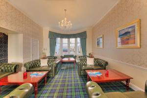 A restaurant or other place to eat at Best Western Muthu Queens Oban Hotel