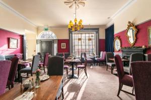 En restaurant eller et andet spisested på Castle Hotel