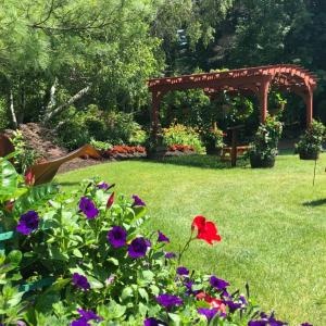 A garden outside Publick House Historic Inn and Country Motor Lodge