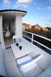 A balcony or terrace at APARTAMENTOS URDAIBAI 5