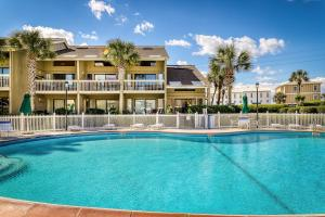 Lakefront Villa 405
