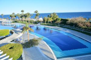Het zwembad bij of vlak bij Monte Carlo Sharm Resort & Spa