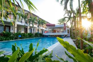The swimming pool at or near Melica Resort