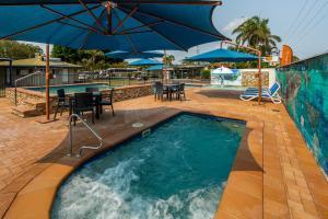 The swimming pool at or near Ingenia Holidays Hervey Bay