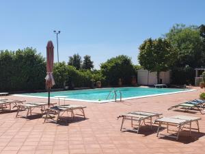 The swimming pool at or close to Villa la Quercia Resort