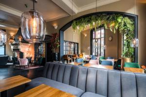 Lounge oder Bar in der Unterkunft Hotel Sint Nicolaas