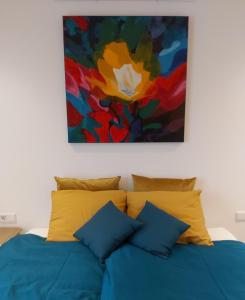 Een bed of bedden in een kamer bij Luxury Suite Oosterwold