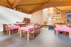 Ein Restaurant oder anderes Speiselokal in der Unterkunft Agriturismo Il Mugnaio Zanetti
