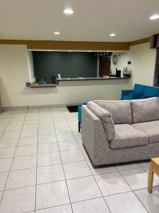 A seating area at Desert Sands Inn & Suites