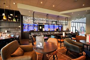 The lounge or bar area at ibis Hotel Brussels Centre Gare du Midi