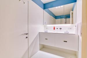 Een badkamer bij Hotel Astoria Gent
