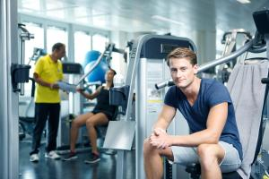 The fitness center and/or fitness facilities at Hotel Banana City Winterthur