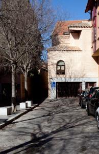 Hotel San Juan de los Reyes during the winter