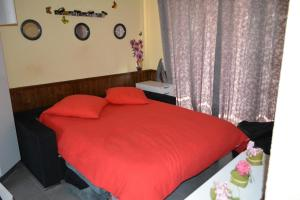 A bed or beds in a room at Bungalow Montecastillo i1