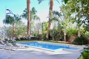 Amdar Residence Apartment - Private Pool, Sea View & Sauna