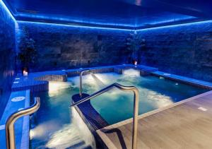 The swimming pool at or near The Lodges at Kilkea Castle