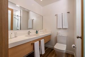 Ein Badezimmer in der Unterkunft Finch Bay Galapagos Hotel
