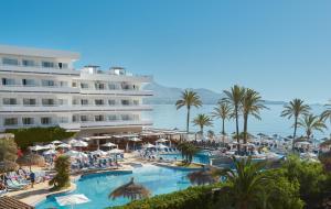 Uitzicht op het zwembad bij Hotel Condesa of in de buurt