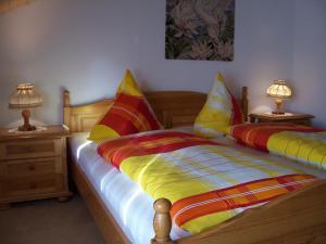 Ein Bett oder Betten in einem Zimmer der Unterkunft Haus Schmid
