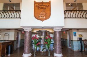 The lobby or reception area at Windward Passage Hotel