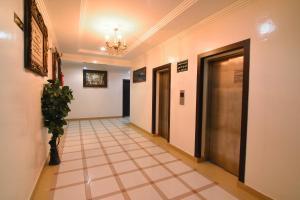 O saguão ou recepção de Al Eairy Apartment-Riyadh 6