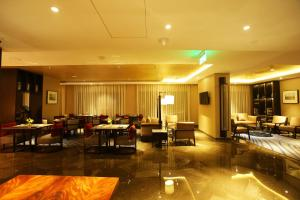A restaurant or other place to eat at Crowne Plaza New Delhi Mayur Vihar Noida, an IHG Hotel