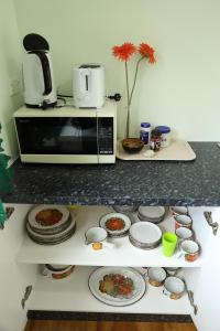 Coffee and tea-making facilities at JO's Farmstay