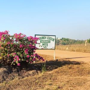 The logo or sign for the farm stay